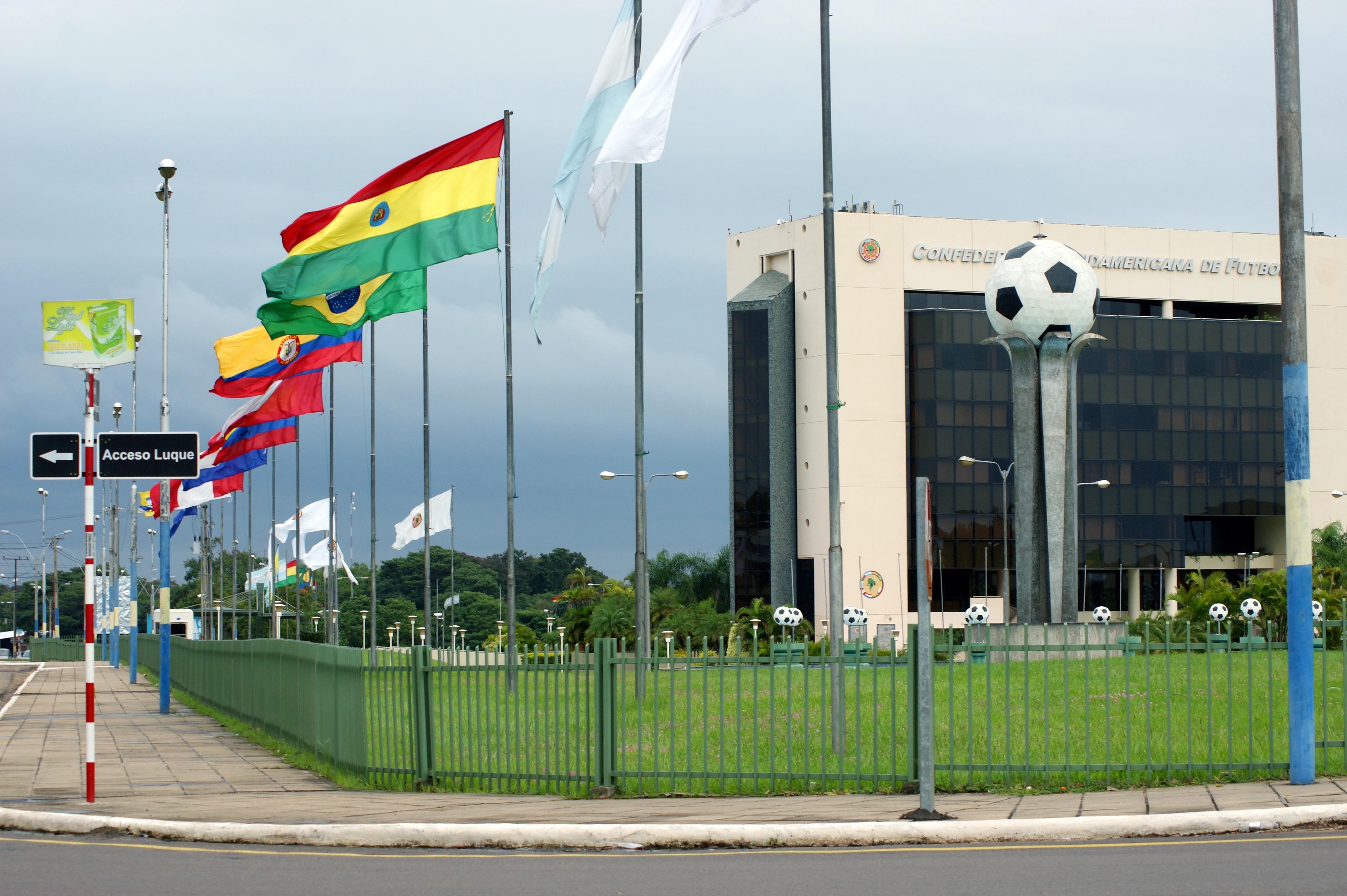 flagi i maszty flagowe serwis