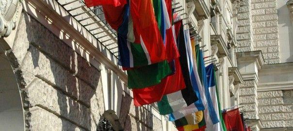 flagi-urzędów-maszty-elewacyjne-604x270